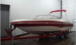 THIS NEW 2010 LARSON 226 SENZA! A 300 hp Volvo 5.7Gi V8 (fuel injected) I/O with a 2-year factory warranty powers this loaded bowrider. The boat features a VEC (Virtual Engineered Composite) hull with a limited-lifetime factory warranty on the hull, top
