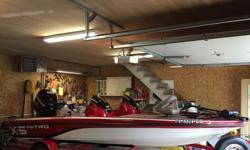 ,,...2010 Nitro X-5 i bought this boat in 2014 as a one owner boat the older guy that owned it only used it twice and fell on hard times and had to sell it. The Boat has alawys been kept inside and never been fished on in the rain. I had redone the carpet