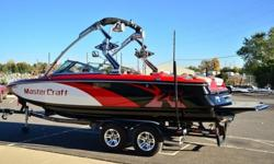 The 2011 MasterCraft X-25 offers MasterCraft's best wakesurfing wave and a wakeboarding wake second only to the venerable X-Star. As a result, this second-year wakeboard boat model is a great choice for the boat buyer who wants to take his riding and