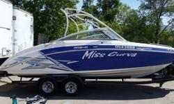 ,,,,,,,,Key FeaturesAluminum watersports towerComes standard with convertible lounge seatAvailable in Carbon, Black or RedWider, longer bow area with rumble seat backrests and multi-function bow filler cushionTwin Yamaha High OutputAll new Cruise Assist
