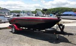 Pre-Owned 2012 Ranger 1760VS Angler Multi-Species Fiberglass Fishing Boat.Boat Length: 17? 6?.Outboard: 2011 Evinrude ETEC 130 Direct Injection.Boat Width/Beam: 94?.Total Boat Weight: 1675lbs.Max Persons: 6 or 850lbs.Engine Hours: 68.Fuel Capacity: 25
