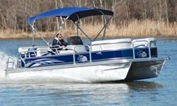 You are viewing a 2012 G3 LV208 Cruise edition pontoon. This boat is in excellent condition and shows no wear. Boat has been kept in dry storage. ONLY 20 HRS ! ! ! 27 MPH ! ! ! EXCEPTIONAL CONDITION ! ! ! Hull:overall appears to be in excellent condition.