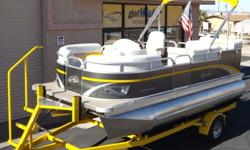 http://www.gotwatermarine.com/Consignment_2013_Avalon_Eagle_Family_RE_16_64324Tormey.htmlHow about a nearly NEW pontoon boat without the NEW price? This eye-catcher has less than 25 hours on the Mercury 50hp outboard. The Avalon 16' Eagle is the perfect