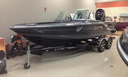 END OF THE YEAR PRICING / LAST ONE AVAILABLE A sleek and unmistakable ride.Our fiberglass boat series is designed with all the features that only a Lund can offer. IPS?2 hull, pronounced keel for unbelievable tracking, everything you'd expect from a Lund