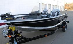 The Classic 165?the boat you've read rave reviews about and the talk of the industry?is the boat your family is going to enjoy for many years. The Classic features everything you want in a boat?full instrumentation, huge livewell, loads of storage, an