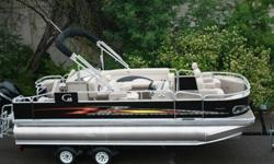 New 20 ft tritoon pontoon boat with reclining chairs and HPP tubes..This is a new 20 triple tube pontoon boat......with the high performance tubes. This is the best selling fishing fun in the United States. Mercury 200 hp motor. Trailer included .This