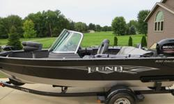 60HP Fourstroke Mercury Engine MinnKota V2 power drive trolling motor (70-55-50-45 Thrust) Lowrance Elite X-4 Fish Finding Sonar (color) Bimini Top Protrak Boat Cover Drop ladder AM/FM Radio USB/AUX inputs Walk-through windshield 16 gallon live well