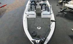 NEW 2013 SKEETER WX 1900 DC! This fiberglass deep-V walleye boat is powered by a 200 hp Yamaha 4-stroke outboard w/stainless prop and a remote steer 9.9 hp Yamaha 4-stroke kicker. Boat, engine, and all equipment have full factory warranties (transferable