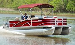 You are viewing a 2014 Sweetwater 220 edition tri-toon. This boat is in excellent condition and shows to have been hardly used. Boat has been kept under a covered slip. ONLY 50 HRS ! ! ! 33 MPH ! ! !CENTER TOON IS FULL LENGTH TUBE ! ! ! EXCEPTIONAL