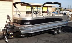 2015 Avalon Catalina Quad Lounge 25'- Triple Tube Pontoonhttp://www.gotwatermarine.com/Avalon_2015_Catalina_Quad_Lounge_25_Triple_Tube_Pontoon_72020.htmlPlease call for Pricing (928) 855-8588Lay out in the sun anywhere you'd like in the spacious interior