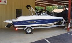 """2015 Bayliner 175 BR SpecificationsLOA 17'6"""" Beam 6'11"""" Deadrise 19° Approximate weight w/standard engine 1,923 lbs Draft max 2'11.75"""" Fuel capacity 21 gal Base Price 17,899Freight 1,818 Engine135 M A1 (3.0L) WPS Standard Options:* Bow Well/Cockpit Cover"""