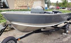 Boat Package Includes : 2015 Mercury 25 HP ELPT motor, Cover, Spare Tire, Windshield, Bow Plug, 3rd Seat, Gauges, Trailer.The 1400 Fury and 1600 Fury have the tenacity of their big brothers, all in a small fishing boat. Dual side stepped rod storage,