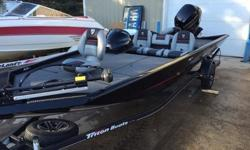 -Custom Cover. -MinnKota Edge 70PD. -3 Across Front Deck Seating. -On Board Charger. -Auto Bilge Pump. -Recirculating Livewell. -Front Rod Strap. -Front Deck Step. -Aluminum Wheels. -Spare Tire.-Engine Make Mercury.-Engine Model 115EXLPT 4S EFI.-Total