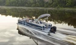 "2016 Premier Alante 250 RF SpecificationsOverall Length 25' 5"" Deck Length 25'Width 8' 6"" Weight (2 Tubes/30"" PTX/36"" PTX) 2550/2750/2800 lbs.Max. Weight Cap. (2 Tubes/30"" PTX/36"" PTX) 2550/3250/3950 lbs.Person Cap. (2 Tubes/30"" PTX/36"" PTX) 12/16/18Tube"