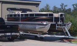 THIS BOAT IS A TOP OF THE LINE PONTOON BARDGE, WITH 2 TOONS AND A 115 MERCURY 4 STROKE OUTBOARD . IT HAS SNAP IN-OUT BERBER CARPET. WE DESIGNED THE COLORS ON THE OUTSIDE OF THIS BOAT OURSELVES, NOT ONE THAT LOOKS LIKE THIS ONE. YOU CAN GO TO THE SOUTHBAY