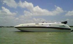 2001, 25' CHAPARRAL 252 Sunesta Deck Boat Single Gas 5.7L 250HP MerCruiser I/O with Bravo III Outdrive w/Stainless Steel Duo Prop Just Listed at Only $22,500 in Great Condition! You will find this 2001, 25' CHAPARRAL 252 Sunesta Deck Boat to be in