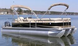 A Pre-Owned BENNINGTON TRIPLE TUBE 24 SLi with a YAMAHA 115hp 4 Stroke EFI in very clean condition is now for sale at Captain's Choice Marine, Leesville, SC. THIS BOAT FEATURES