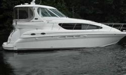 2005 Sea Ray 39 MOTOR YACHT Building on their reputation for design innovation, Sea Ray?s 390 Motor Yacht differs from traditional motor yachts in that the helm and aft deck of the 390 are on the same level. The advantage of this layout is that it keeps