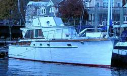flush deck cabin cruiser, fantastic condition, twin palmer 392 internationals, 4 kW generator, AIR CONDITIONER/heat, always properly maintained with many upgrades thru the years, new vacuflush head, new shower pump, in the water and ready to go, recent