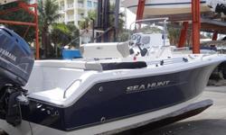 2012 Sea Hunt 196 Ultra Yamaha 115hp 4 stroke-30hrs, hydaulic stering,warantee 2015, Garmin dxepth/fish, stereo, compass, bimini top, console cover. Call cell # 508-776-3858