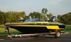2010 Skeeter SL 190 - $26,000 firm - Black (w/polyflake) and Yellow Fiberglass Hull - Accessories include, among other things, a Yamaha 150HP Fuel Injected Four Stroke, Humminbird PMax 170 Fish Finder, MinnKota Edge Trolling Motor (70 lbs thrust),