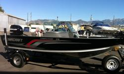 LAST OF THE 2011'S BEST PRICES OF THE YEAR DON'T MISS OUT!!PRICE INCLUDES DEALER FREIGHT AND PREP.!!!!!!!!!!!!!!This is the boat that I have been waiting for, great proven performance, loads of storage, dual tournament-size livewells, bow rod storage, and