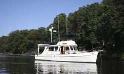 GRAND BANKS 36 EUROPA Located in the Chesapeake Bay $295,000 LOA 36? LWL 35? Draft 4? Beam 12?6? HIGHLIGHTS