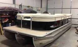2012 Cypress Cay 250 Seabreeze tritoon For Sale by Advantage Marine Loto - Sunrise Beach , Missouri Exterior Color