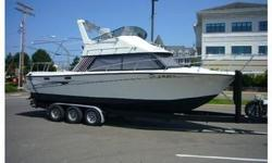 Beautiful boat perfect for staying out of the weather in the Northwest. Huge fully enclosed flybridge with fully enclosed aft deck with perfect canvas throughout. Transom door and big swim step for easy entrance. Powered by reliable Volvo 235 hp fwc