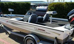 ,...2007 MERCURY 50 HP DIRECT INJECTION TWO STROKEENGINE COMPRESSION TESTED IN GREAT CONDITION 119/115/117ENGINE IS VERY CLEAN AND RUNS STRONGOUTDRIVE WORKS GREATTILT TRIM WORKS GREATSTARTER WORKS GREATNEW BATTERYON BOARD CHARGERTROLLING MOTORLIVE WELLNEW