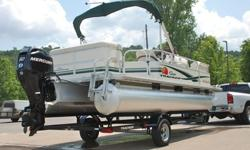 ONLY 8 HRS ! ! !EXCEPTIONAL CONDITION ! ! !STILL UNDER MANUFACTURERS WARRANTY ! ! !Hull:overall appears to be in excellent condition without any dings or dents. The pontoons are clean and bright without signs of being left in the water. The sheet metal is