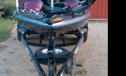 "1999 Javelin Renegade 181999 Javelin Custom Trailer1999 150 H.P. Johnson3 Blade Raker stainless prop6"" CMC Hydrolic jack plate Pro Jack Plate and Trim control on steering wheelHotfoot throttle Minkota Maxxum trolling motor on bow (24 Volt)Keel guard3 bay"