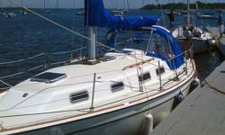 This is the cruiser that you have been waiting for. Because the Pearson 303 is a one of a kind 30 foot Coastal Sailboat. That means that the comforts of home can be had, as you make way aboard your own Cruising Yacht in safety. The Pearson 303 was
