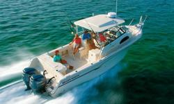 30 GRADY WHITE 300 MARLIN 2006 - LOW HOURS, LOADED, PRISTINE CONDITION View More Details and Photos at: www.BallastPointYachts.com This 2006 Grady White 300 Marlin is powered by twin 4-Stroke 250 HP Yamahas offering outstanding fuel economy and range. The