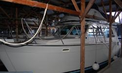 1981 34' Tollycraft Convertible Sedan with twin 250 HP Cummins 4BTA diesel engines, kept under cover and in excellent condition inside and out.Wesmar stablizers Vetus Bow Thruster. She features beautiful Marine Deck 2000 decking on foredeck, side&cockpit.