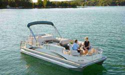 Vinyl flooring, ski tow bar, gas spring, keel solid platform, transom enclosed Stock ID