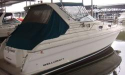The 3200 Martinique is a maxi-volume family cruiser with an attractive profile and a roomy mid-cabin floorplan. She sleeps six and includes a roomy galley with good storage and cabinet space. A stand up head with shower and aft cabin with the dinette that