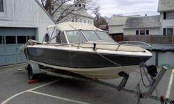 Selling my 1986 Stingray 19 foot boat. It has a 3.7L 4Cyl Mercruiser engine. We are second owners. We have done a lot of work to it this past summer. Redone the seats, rebuilt engine cover, rebuilt starter, rebuilt carburator, Changed oil in engine and