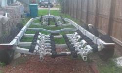 Custom 35' Triple Axle Roller Boat Trailer. Located in Boynton Beach, Fl. Call Ralph 561 577-0813 for more info. No emails please. $3500. OBO
