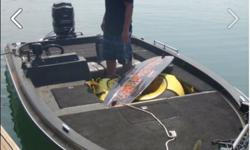 Bass boat 150 HP Mercury Motor, 2 pedistal seats, trolling motor. 870-425-6040