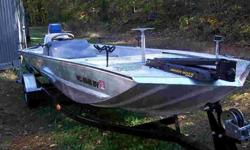 17ft. 1990 Tracker all aluminum rebuild.Over $1500 in new diamondplate aluminum,1990 Evinrude 70 HORSEPOWER motor with power tilt/trim, trailer. I would like to trade this boat for a Sea Ark MV jon boat either 16-18 feet. with a motor and trailer let me