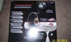 Brand New still in box Tempest Plus Mercury/Mariner 135/300 hp outboards Durable Powder Coat Mercury Propeller Flo-Torq Hub System Included Brand new in box Diameter - 14 5/8 Pitch - 19 # of Blades Rotation - 3 Material Stainless Steel Compatible with