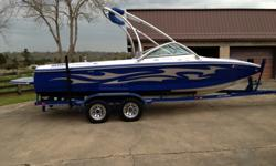 07 Centurion Avalanche C4, 112 hours, 330Hp black scorpion V8, 22' swivel drivers seat with slide and adjustable up and down like a office chair, flip up bolster, custom steering wheel, custom shift knob, removable carpet, hard tank ballast system (3