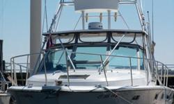 31? Tiara 3100 Open Pursuit is Located in Norwalk, CT. Powered by twin Crusader 350hp, 454 inboards, this beautiful Pursuit has been professionally maintained and is in excellent condition. With wide open deck space and a very spacious, well-appointed