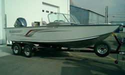 NEW TROPHY WITH A YAMAHA 225HP 4-STROKE, METALCRAFT TRAILER WITH A SPARE AND GUIDE ONS. WOW THIS BOAT HAS A LOT OF ROOM FOR A BIG FAMILY OR FISHING BUDDYS AND PLENTY A POWER TO SKI TOO. MSRP WAS $50,900.00