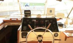 1982 Chris Craft Catalina 381, NEW FLYBRIDGE ENCLOSURE IN 2009 (SPARE ENCLOSURE IN TERRIFIC CONDITION) 3-BURNER ELECTRIC STOVE AND CONVECTION OVEN MICROWAVE, COFFEE MAKER ICE MAKER (RARITAN ICE-RETTE) NORCOLD FRIDGE AND FREEZER 2 BATHROOMS---ONE TUB &