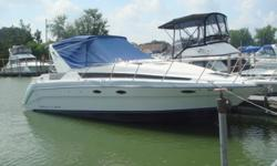 """BAYLINER 3055 CIERA SUNBRIDGE""""1 OWNER""""BOUGHT NEW IN 1993THIS BOAT IS PRISTINE!TWIN 305HP MERCRUISER'SNEW CANVASNEW UPHOLSTERYNEW COCKPIT CARPETINGRECENT TRADE-IN AT OUR DEALERSHI"""