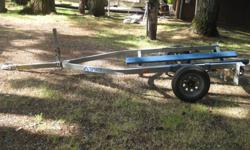 I have a 1997 Spirit jet ski trailer for sale.It comes with a set of brand new fenders.It needs a left brake light and new tabs, but other than that it is in great shape. If your interested, or have any questions, please call/text (360) 791-5753.