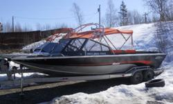 2005 Edge Marine $60000 Custom built 1/4 inch high density aluminum Hull 24 Foot / 2 ft swim deck 8.5 Ft beam Aluminum tandem axle trailer twin mercury 200hp sport-jet motors starboard engine new with 1 year warranty stomp grates front fish well large