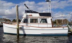 This 32? Grand Banks 1974 is located in Guilford, CT. Step aboard this beautiful and salty vessel to appreciate her timeless design, rugged construction and become part of the legacy that is Grand Banks. One of the most popular cruising vessels of all